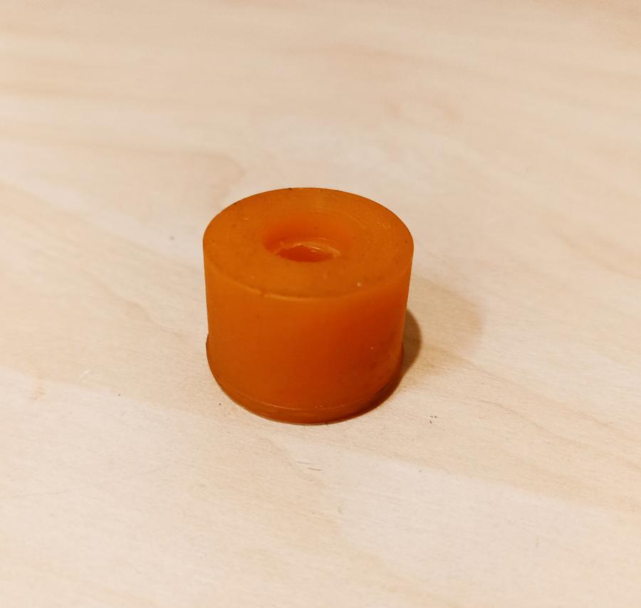 Втулка стойки переднего стабилизатора полиуретан, код детали: MR296507, MSB-095-KIT, N4965027, 80941187, ADC48523, 0423-K96F